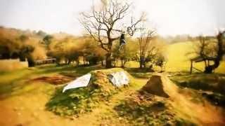 удивительные трюки на горном велосипеде(удивительные трюки на горном велосипеде., 2012-04-15T17:11:44.000Z)