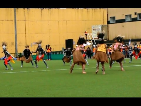 Papua War Dance. Excellent !!