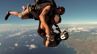 Shredded with Adam Saaks in Hawaii Designs Shirt in a Skydive (CRAAAAZZZY!!)