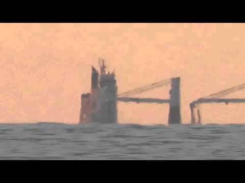Ship partly below horizon