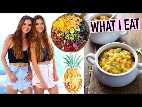 WHAT I EAT IN A DAY VEGAN  + Mac & Cheese Recipe!