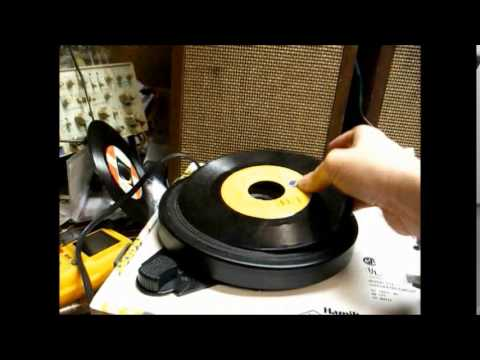 Repair of a Hamilton 915 classroom record player from 1997