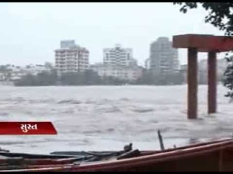 Sandesh News Many Parts Of South Gujarat Received Heavy Rains, Surat Is Mostly Affected