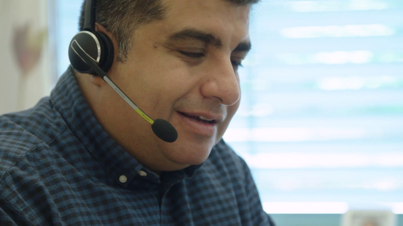 With passion for customer service | Axis Communications