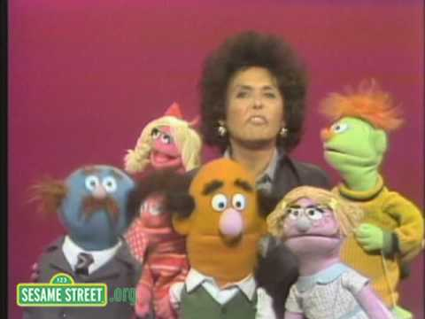Sesame Street: Lena Horne and Muppets Sing The Alphabet
