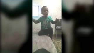 Мальчик  из  Черкесска  Нурик  учит маму как с  ним  нужно разговаривать.