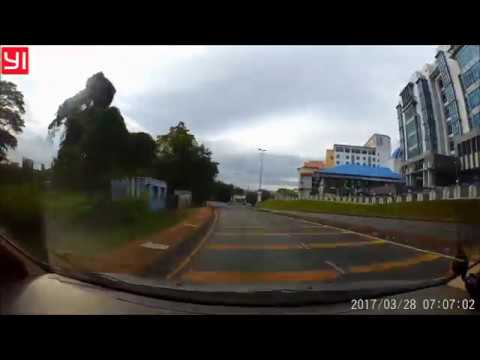 Dashcam Indonesia - Trans Kalimantan - Kuching Serian Tebedu