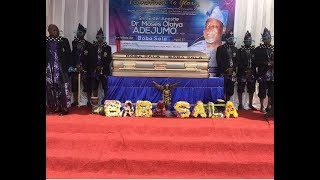 Download Video Dele Odule,Others Turn Up for Baba Sala's Burial,See His Wife Dancing As Her Daughter sing For Her MP3 3GP MP4