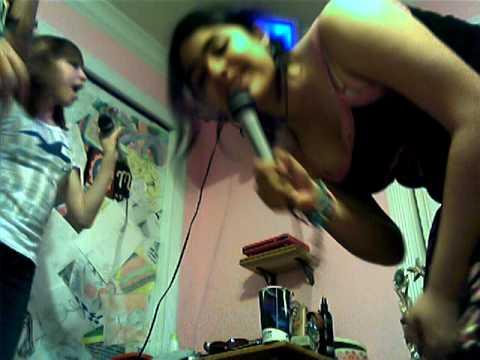 Karaoke Sleepover!! XD