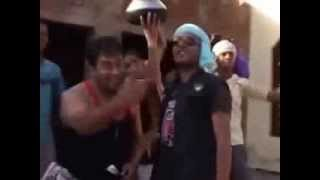 This Party Kadhi Chawal   Funny Punjabi Song   Jazzy B & Honey Singh