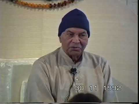 """PAPAJI - 30th November 1992 P1 - """"Renunciation"""""""