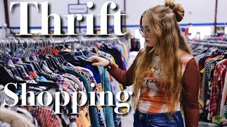 Come Thrifting With Me! (& Getting A New Piercing)