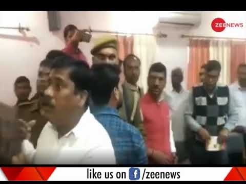 Deshhit: BJP MP beats party MLA with shoe in UP's Sant Kabir