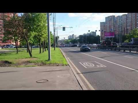 Сегодня в Беляево, Москва, Профсоюзная улица.