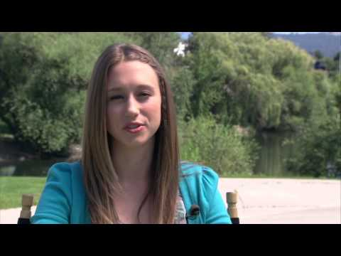 At Middleton: Taissa Farmiga On Set Interview streaming vf