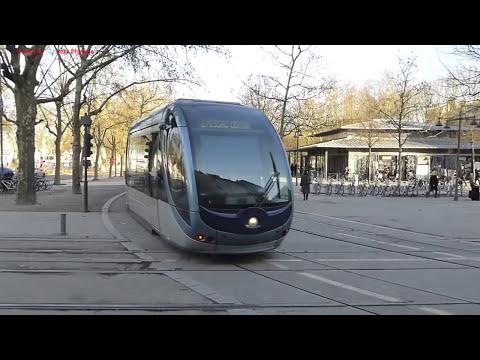 Trams à Bordeaux, France 2016