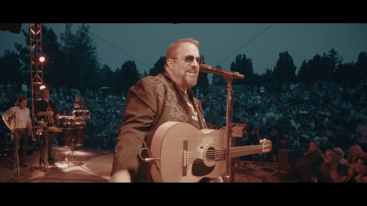 Every Little Thing About You // Live From The #MAVS30 Tour