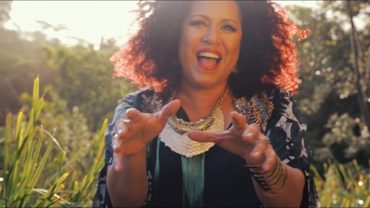 freedom riders christine anu In the new australian series of who do you think you are singer christine anu takes a deeply emotional journey through her family's past, revealing a rich and surprising history.