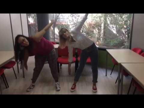 Camino Barcelona - Sarai is teaching Yoga pose!
