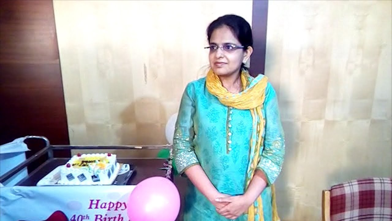 India's first test tube baby Durga celebrates her 40th birthday in Pune -  YouTube