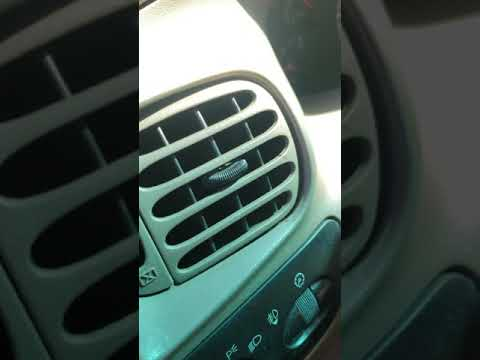 2001 ford expedition not blowing ac out of front vents,only blows out of  defrost vents