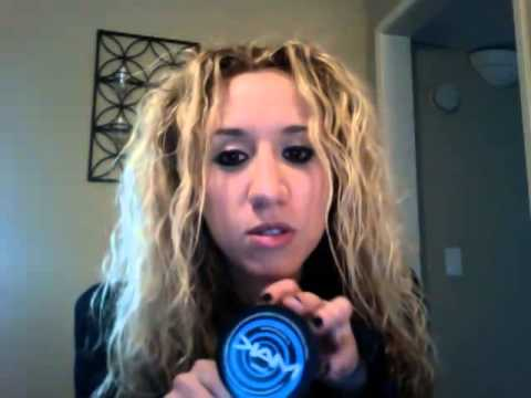 Greek American rock artist Electra talks about using MAK Hair Products