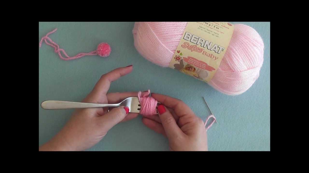 How to make a pompom on a fork