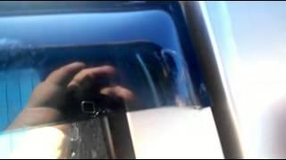 Удаление царапин (лобовое стекло)на автомобиле: ремонт своими руками (дополнение почти год спустя)(Дополнение к видео прошлогодней давности, решил показать результат и так же был расстроен незначительным..., 2015-06-25T04:50:06.000Z)