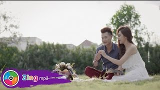 anh dat tay em - quang anh official mv