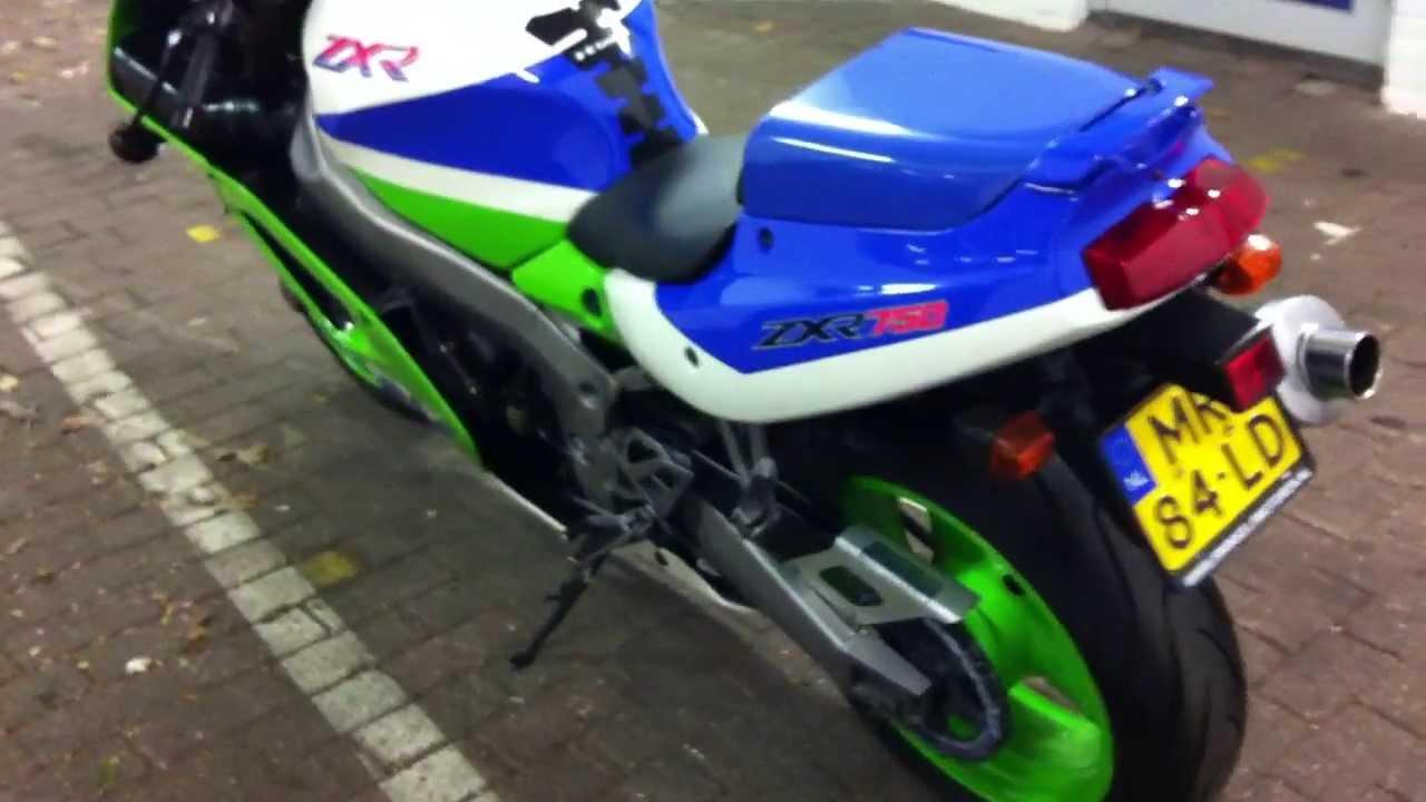 Honda Cbrrr Vs Kawasaki Zxr