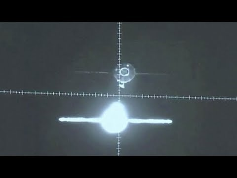 Tianzhou-1 automated fast-docking with Tiangong-2 (天舟一号/天宫二号)