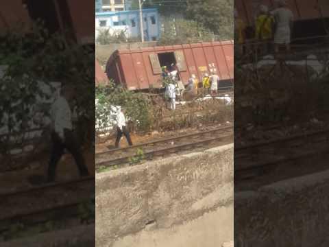 GTB NAGAR RAILWAY STATION RAIL ACCIDENTS RAAT