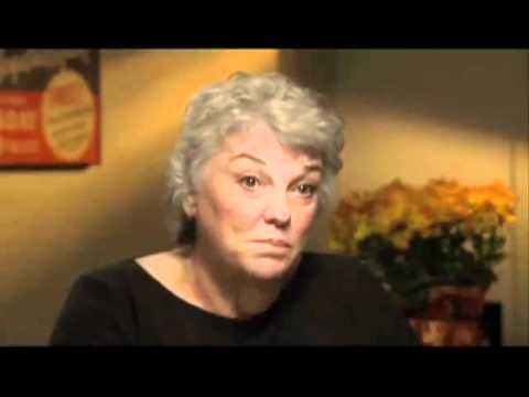 Tyne Daly on creating Mary Beth Laceys voice - EMMYTVLEGENDS.ORG