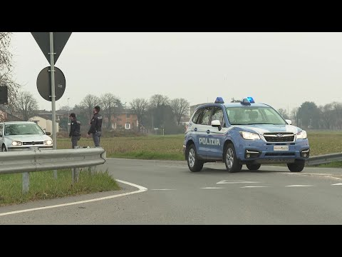 Police checkpoint introduced outside Italian town due to virus fears   AFP