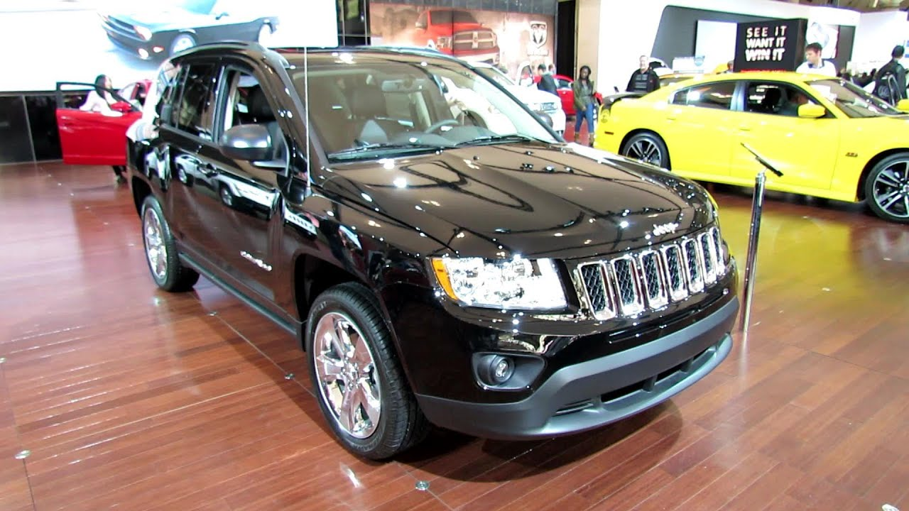2012 jeep compass limited 4x4 exterior and interior at 2012 toronto auto show cia youtube. Black Bedroom Furniture Sets. Home Design Ideas