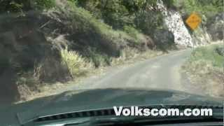 Maui West Coast - Driving along the scenic coastline at the westcoast of Maui