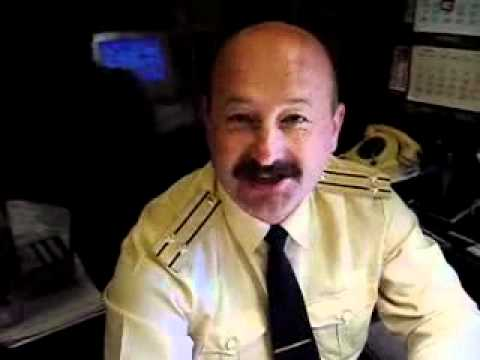видео: вот это офицер!!!