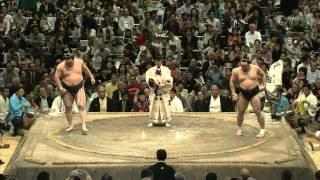 平成24年秋場所で全勝優勝の日馬富士。 第1日目から千秋楽までの十五番の激闘を詰め合わせ。