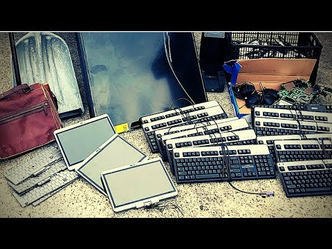 Dumpster Diving 14 (Electronics, Electronics, Electronics!)