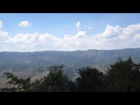 Монастырь высоко в скале! Святой Острог. Черногория.