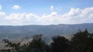 Монастырь высоко в скале! Святой Острог. Черногория.(Главная достопримечательность Montenegro., 2014-04-19T12:01:23.000Z)