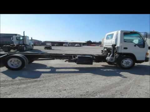 2005 Isuzu NQR truck cab and chassis for sale | no-reserve Internet auction March 29, 2017