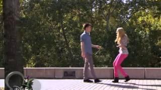 Федерико поцеловал Людмилу (2 сезон 77 серия)