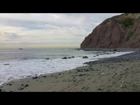 California Life - Dana Point State Marine Observation Area, CA (RELAXING WAVES)