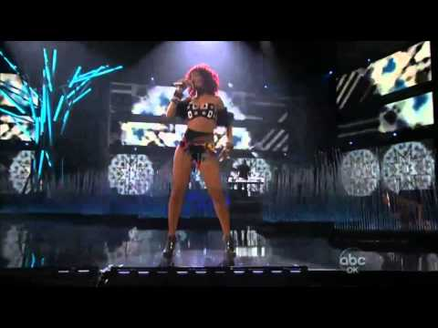 Rihanna - Excellent Performance (Live In AMA 21 10 2010) HD 1080p