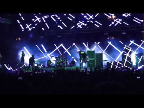 Placebo - Allergic (to Thoughts of Mother Earth) @ ΣΕΦ (Peace and Friendship Stadium) Greece 2014