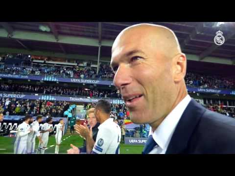 Zidane congratulates the players for UEFA Super Cup win