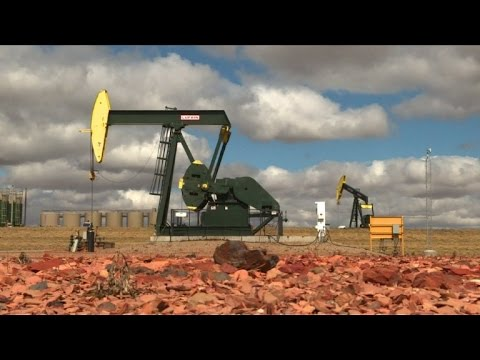 In North Dakota, hints of US oil industry comeback