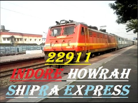 22911 SHIPRA EXPRESS with RED BEAST HWH WAP-4 RIPS PAST DKAE AT MODERATE PACE