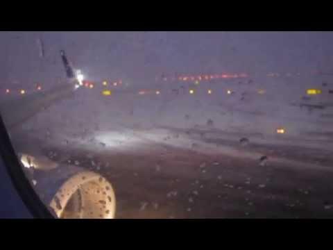 JetBlue Flight 415 JFK SFO 02/21/15 - Takeoff in a Major Snowstorm